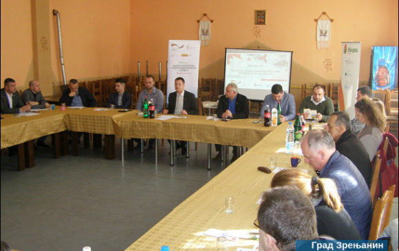 Roundtable discussion in Botoš